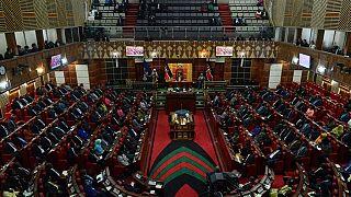 Kenya : le Parlement prend une pause de trois semaines à la demande de l'opposition
