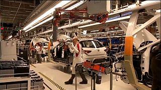 Bruselas más optimista que el Gobierno sobre la economía española