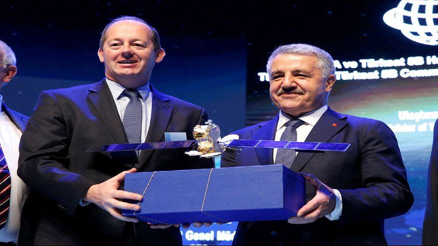 Ankara Airbus ile dev uydu projelerine imza attı