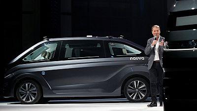 France: un taxi 100 % autonome et électrique dévoilé par la start-up Navya
