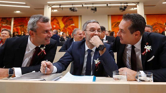Autriche : le FPÖ tente de lisser son image