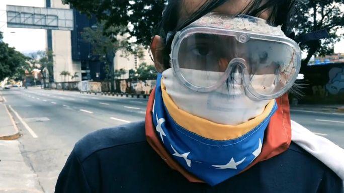 """Venezuela: """"il regime andrà via solo con le armi"""""""