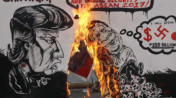 احتجاجلت ليساريين على زيارة ترامب للفلبين