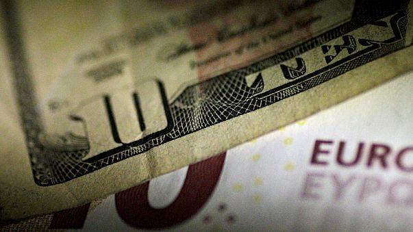 ¿Qué porcentaje de becarios recibe remuneración financiera en la UE?