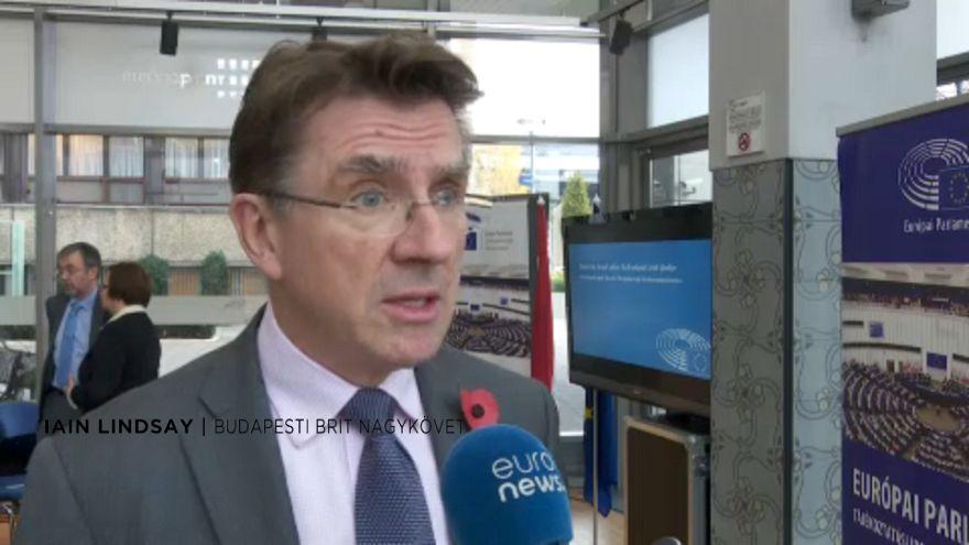 Brexit: idén megállapodhatnak az uniós polgárok jogairól