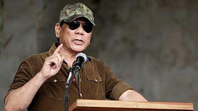 Philippines : le président Duterte affirme avoir poignardé quelqu'un à mort à 16 ans