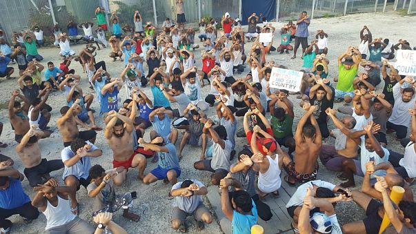 Manus Adası Mülteci Kampı 24 içerisinde taşınıyor iddiası