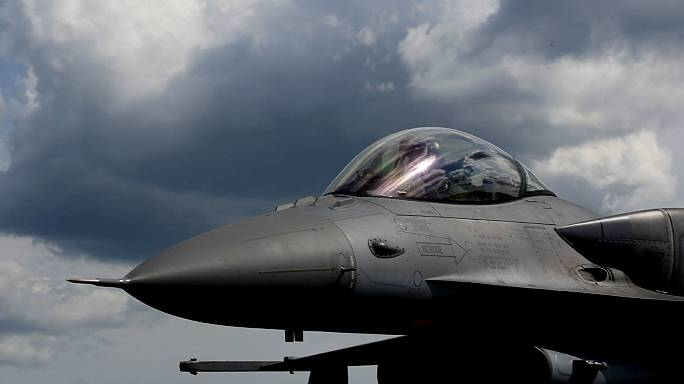 Yunanistan: Türk jetleri hava sahamızı ihlal etti