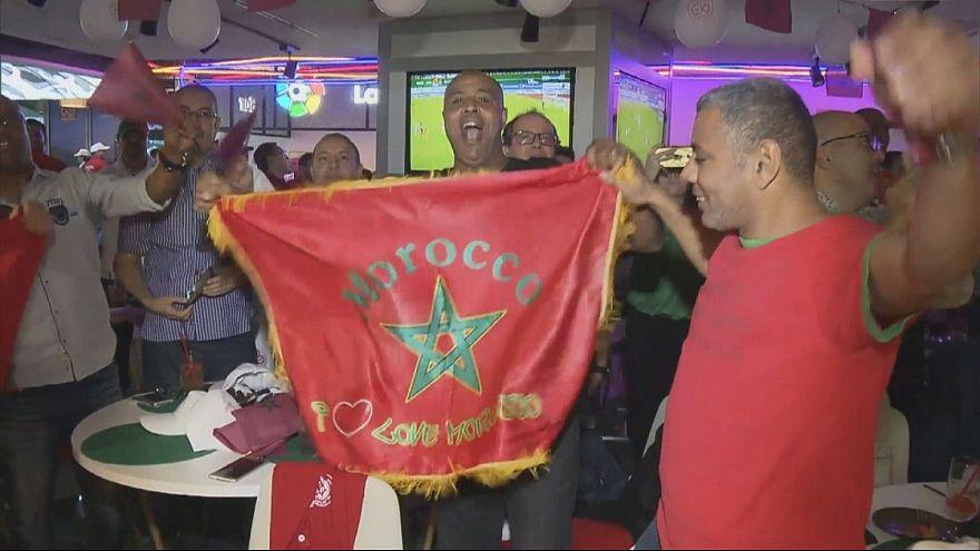 Марокканцы ликуют по случаю выхода сборной по футболу на чемпионат мира