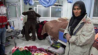 زمین لرزه در غرب ایران صدها کشته و هزاران زخمی برجای گذاشت
