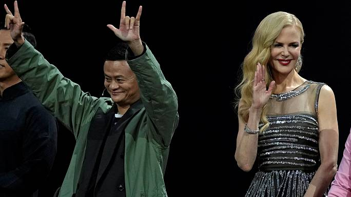 Çinliler 25.3 milyar dolarlık alışveriş yaparak dünya rekoru kırdı