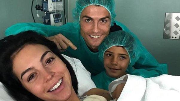 Ronaldo dördüncü kez baba oldu