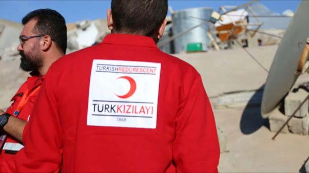 Türkiye'den depremzedelere yardım eli