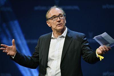 British computer scientist Tim Berners-Lee speaks at the World Web Forum in Zurich on Jan. 24, 2017.
