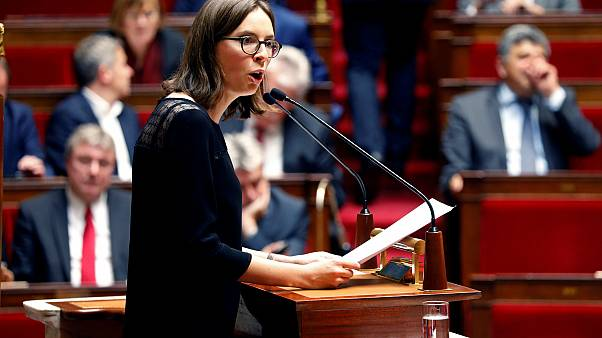 Fransa: Cinsel rüşt yaşı 13'e inebilir