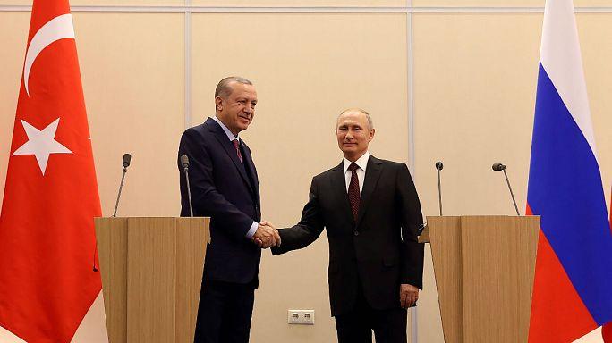 Rússia e Turquia de acordo sobre uma solução política para a Síria