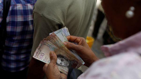Standard & Poor's anuncia incumprimento parcial da Venezuela
