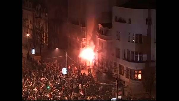 Belgrád: nem kerülnek rács mögé a nacionalista gyújtogatók