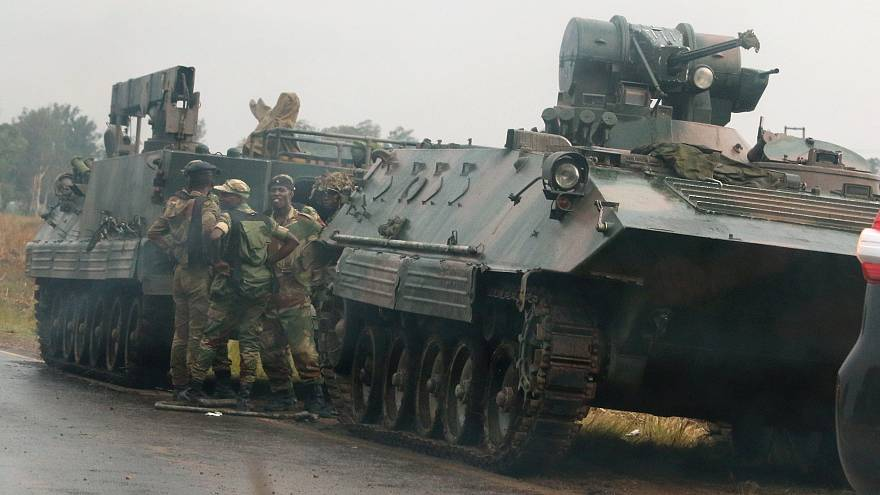 Zimbabwe tensions rise as army tanks edge towards capital