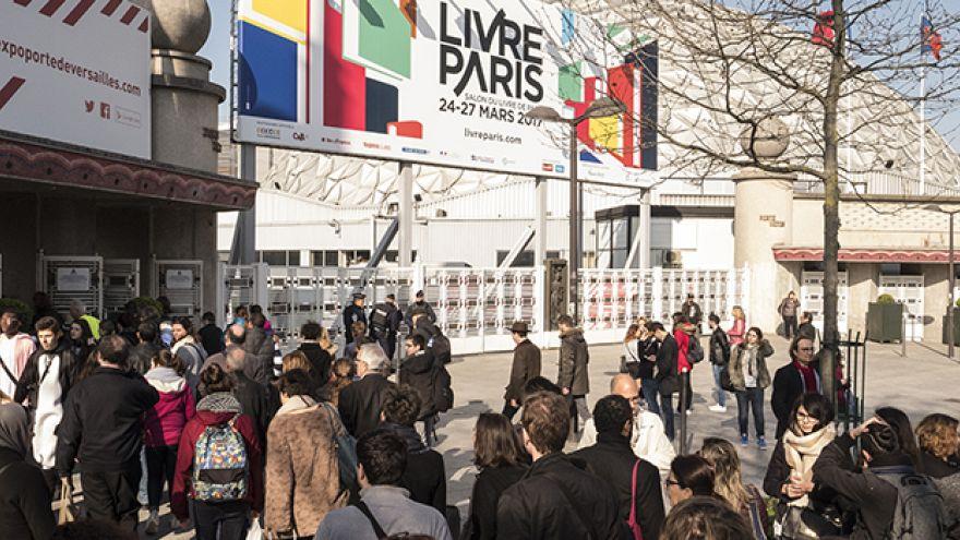 Русские на книжной ярмарке в Париже