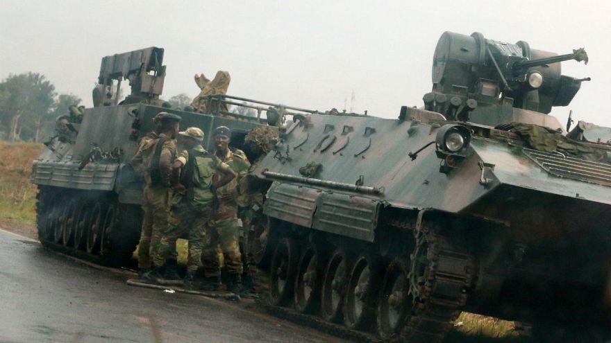 Los militares niegan haber dado un golpe de Estado en Zimbabue