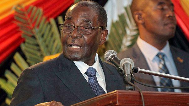Mugabe: évtizedek óta Zimbabwe élén