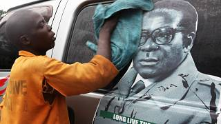 Fin de règne pour Mugabe, le plus vieux dirigeant du monde ?