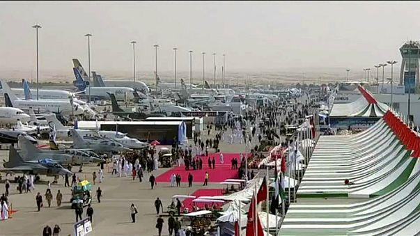 """شركة """"إيرباص"""" تفوز بصفقة ب40 مليار دولار في معرض دبي للطيران"""
