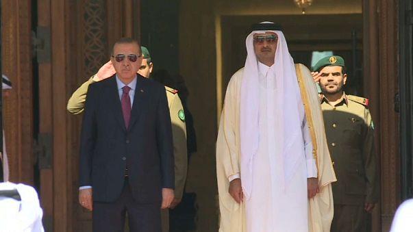تركيا توقع عدة اتفاقيات مع قطر بحضور اردوغان وتميم