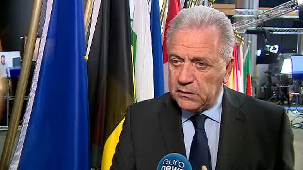 União Europeia não vai fechar a porta aos migrantes