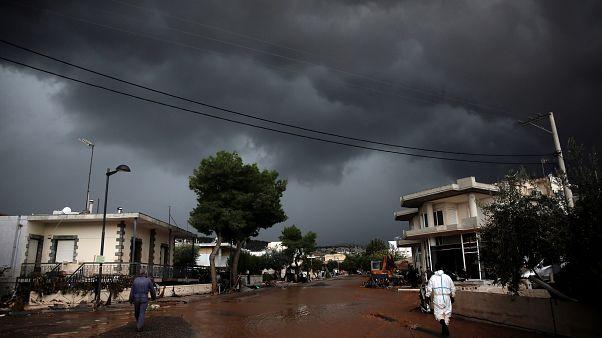 Αττική: Βίντεο και φωτογραφίες από τις φονικές πλημμύρες