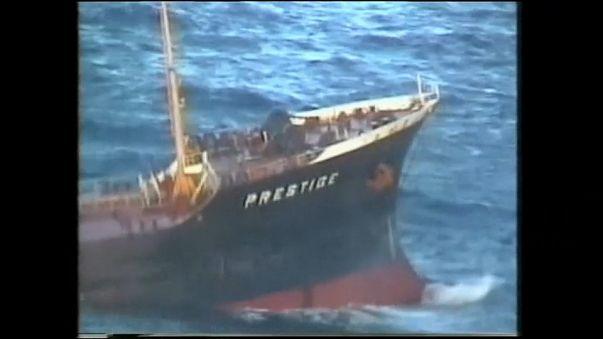 """15 Jahre nach """"Prestige""""-Havarie: Milliardenstrafe für Ölpest"""