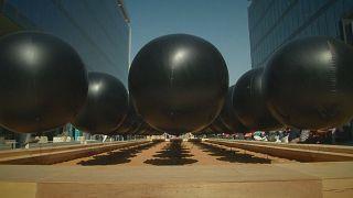 Glitzerndes Dubai: Design Week zeigt außergewöhnliche Objekte