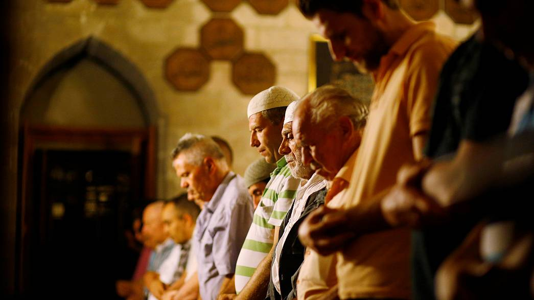 معاناة مسلمي بلغراد من أجل الصلاة