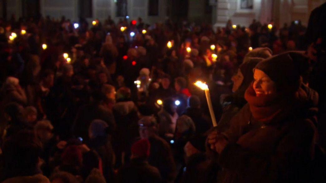 Wien: Leuchtender Protest gegen FPÖ