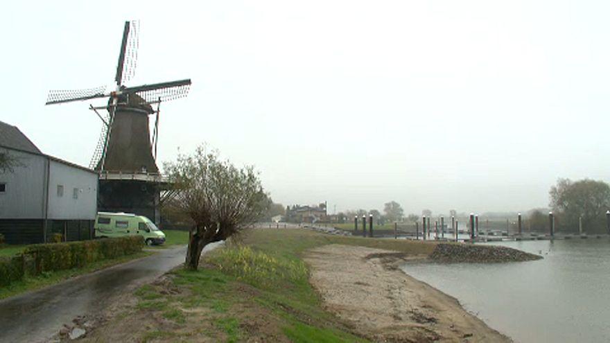 Нидерланды, вода и огонь