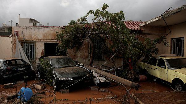 La Grèce en deuil suite aux ravages du torrent de boue