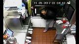 دزدی از مکدونالد از دریچه دوربین مداربسته