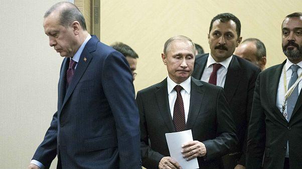 مقامات ایران و روسیه با ترکیه بر سر آتشبس در سوریه گفتگو میکنند