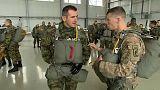 Militärübung: USA und Serbien springen zusammen