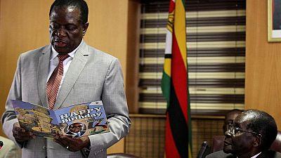 Zimbabwe : Mnangagwa de retour, arrestations dans l'entourage de Mugabe