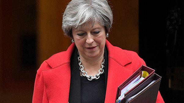 Theresa May és az olasz futball-válogatott sem megy a közeljövőben Oroszországba