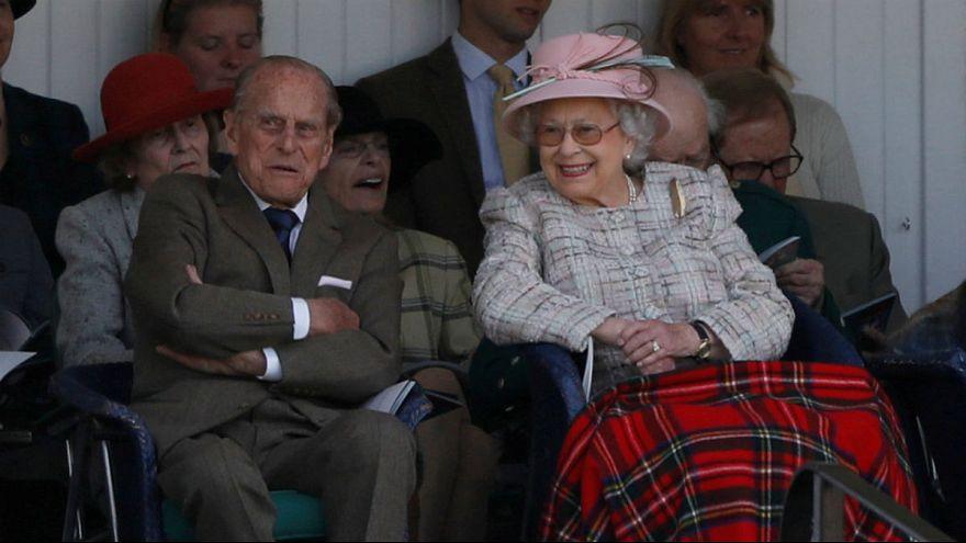 Una imagen por cada década de matrimonio de Isabel II y Felipe de Edimburgo