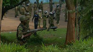 Repressão policial contra a oposição provoca mortos