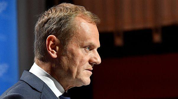 Esclusivo, Tusk ai microfoni di euronews: ''mi sento meglio, più sicuro, dopo aver parlato con la May''