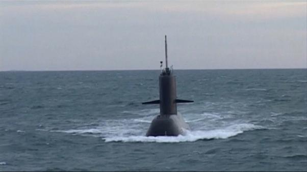 Argentina's navy searches for missing submarine