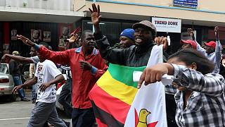 Zimbabweans arrive for anti-Mugabe rally