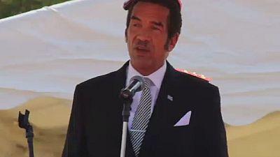 Botswana's President Ian Khama asks Mugabe to relinquish power