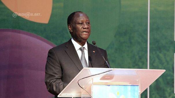 Côte d'Ivoire : Ouattara veut protéger les producteurs de cacao