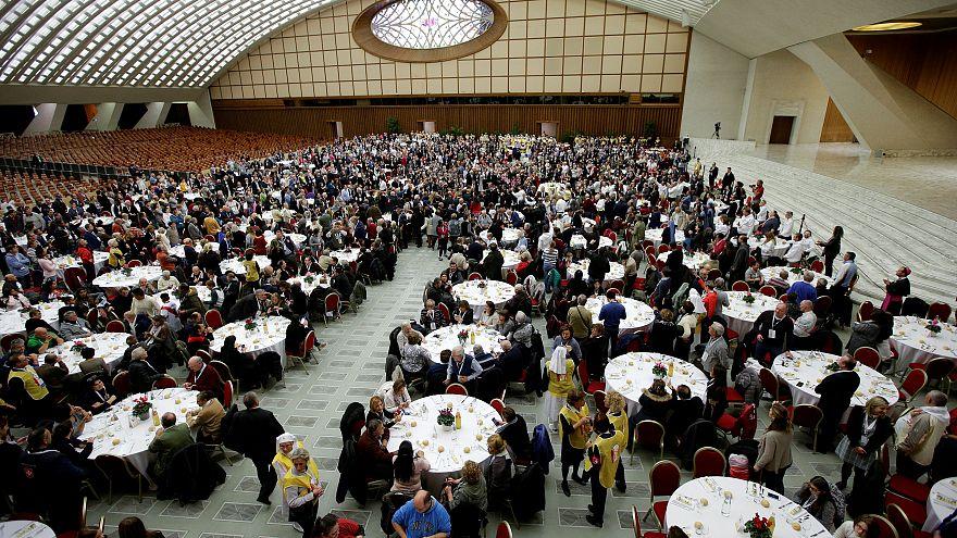 Le pape préside sa première messe pour la journée mondiale des pauvres